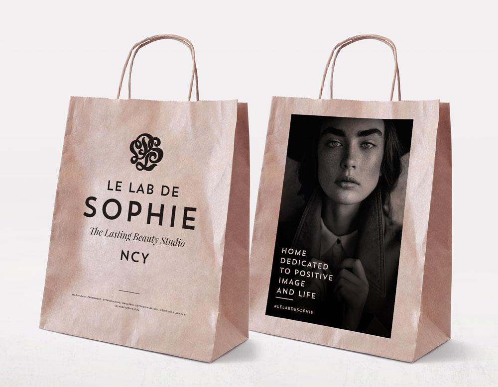 Célia RATTO | Graphiste Freelance à Annecy | Création de l'identité du Lab de Sophie, institut de beauté permanente à Annecy